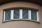 http://www.confortta.com/images/galeria/imatges/altres/persianes-orientables-supergradhermetic.jpg