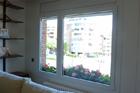 https://www.confortta.com/images/galeria/imatges/finestres/finestra-desigual-practicable-oscilo-batent-pvc-kommerling-eurofutur.jpg