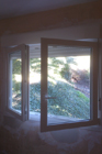 http://www.confortta.com/images/galeria/imatges/finestres/finestra-practicable-oscilo-batent-calaix-rolaplus-pvc-eurofutur.jpg