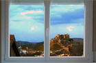 http://www.confortta.com/images/galeria/imatges/finestres/finestra-practicable-oscilo-batent-pvc-alphacan-castell-cardona.jpg