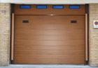 http://www.confortta.com/images/galeria/imatges/portes-garatge/porta-garatge-seccional-04.jpg