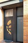 http://www.confortta.com/images/galeria/imatges/portes/porta-entrada-pvc-veka-softline-panell-innova-style9.jpg