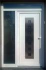 http://www.confortta.com/images/galeria/imatges/portes/porta-entrada-vidres-blanc-mate-pvc-veka-softline-manresa.jpg